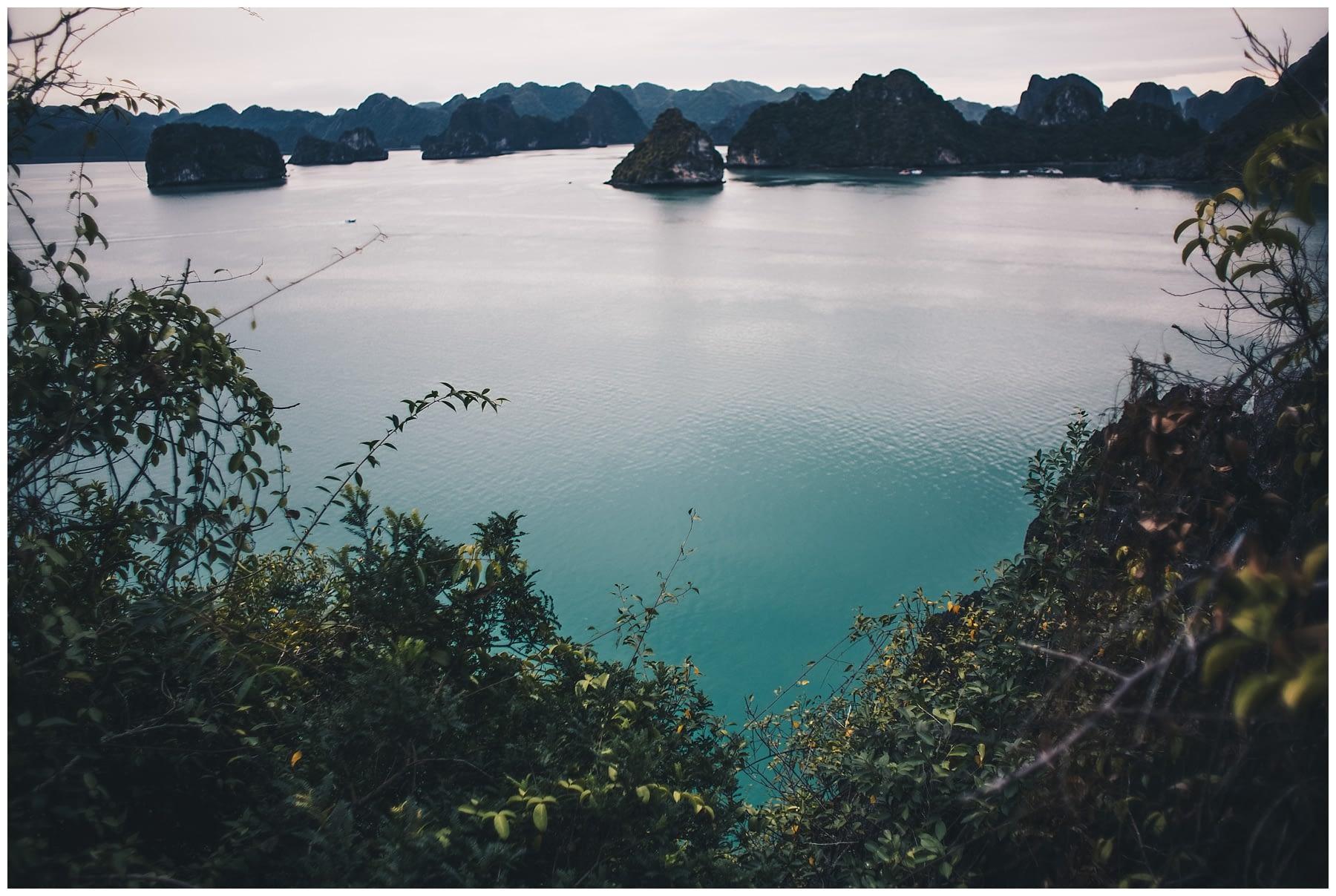 Halong Bay_0006.jpg